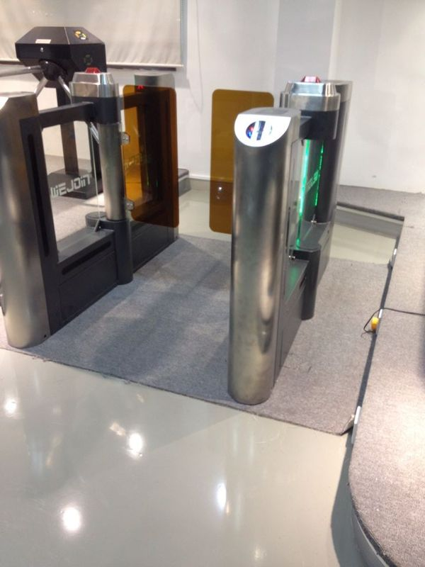 Swing Barrier Gate Systems  For Passenger Access With Emergency Intereface المزود